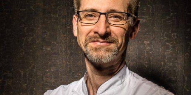 Remise officielle du panonceau des Chefs d'Alsace à Julien Binz